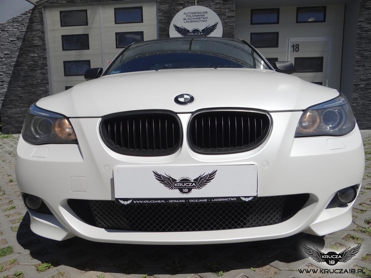 BMW 5 : zmiana koloru auta folią : satynowa perła : wstawki carbon : oklejanie : Krucza18 : Osielsko/k.Bydgoszczy