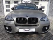 BMW X6 : zmiana koloru auta folią : oklejanie : szczotkowane aluminium : Krucza18 : Osielsko