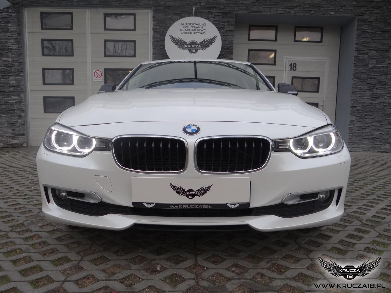 BMW 3 : zmiana koloru auta folią : biała perła : karbon : oklejanie : Krucza18 : Osielsko/k.Bydgoszczy