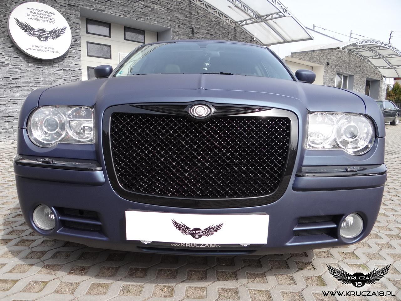 CHRYSLER 300 C : zmiana koloru auta folią : Mariana Blue : Krucza18 : Osielsko/k.Bydgoszczy