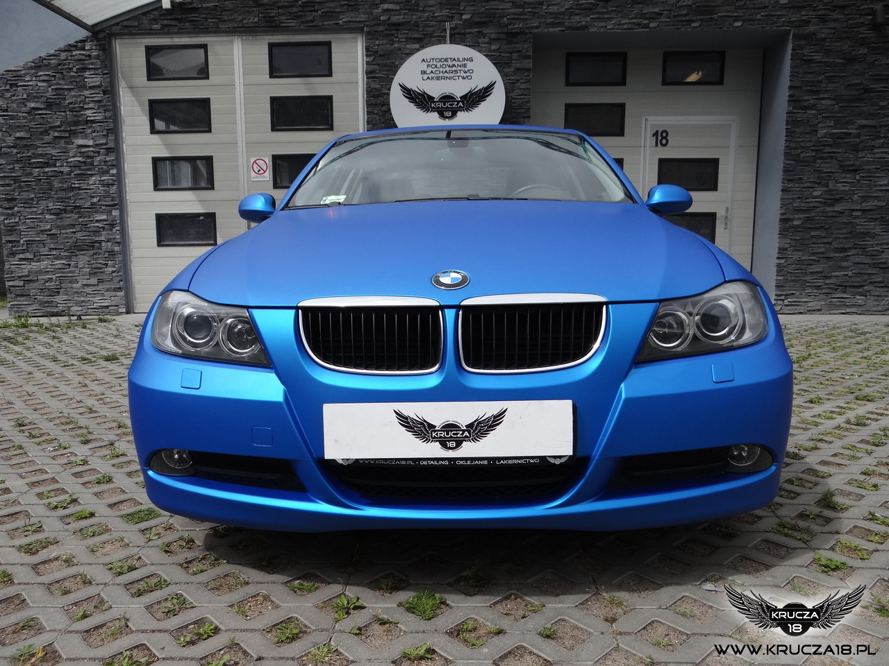 BMW 3 : zmiana koloru auta folią : blue aluminium : oklejanie : Krucza18 : Osielsko/k.Bydgoszczy