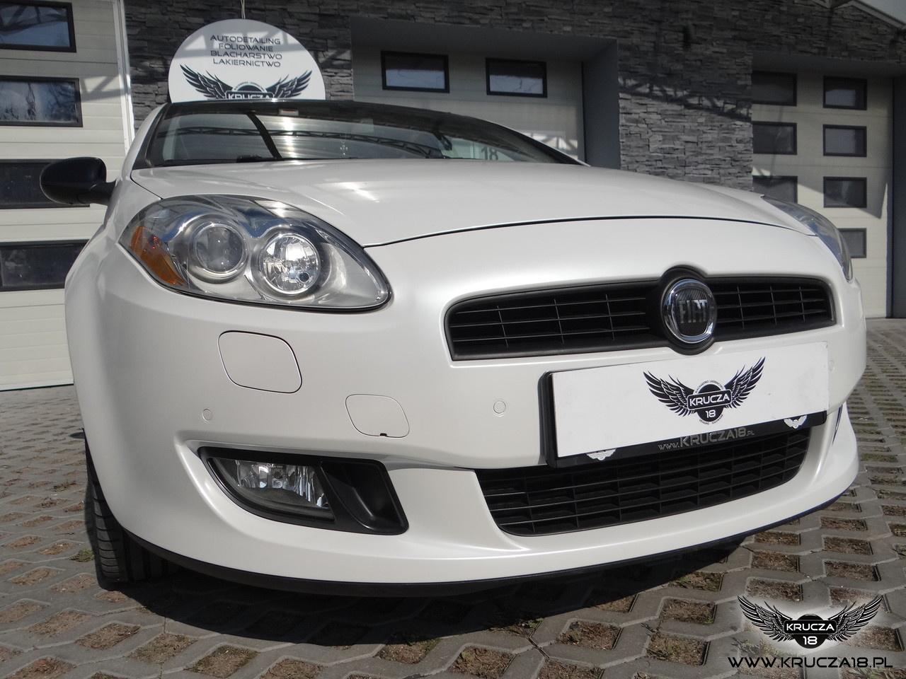 FIAT BRAVO : zmiana koloru auta folia : biała perła/czarny połysk : oklejanie : Krucza18 : Osielsko/k.Bydgoszczy