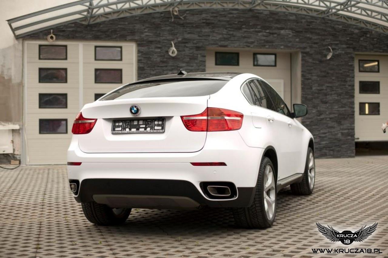 BMW X6 : zmiana koloru auta folia : biały mat : oklejanie : Krucza18 : Osielsko/k.Bydgoszczy