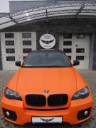 BMW X6 : zmiana koloru auta folia : pomarańczowy mat + dach , lusterka i listwy w Carbon : oklejanie : Krucza18 : Osielsko/k.Bydgoszczy