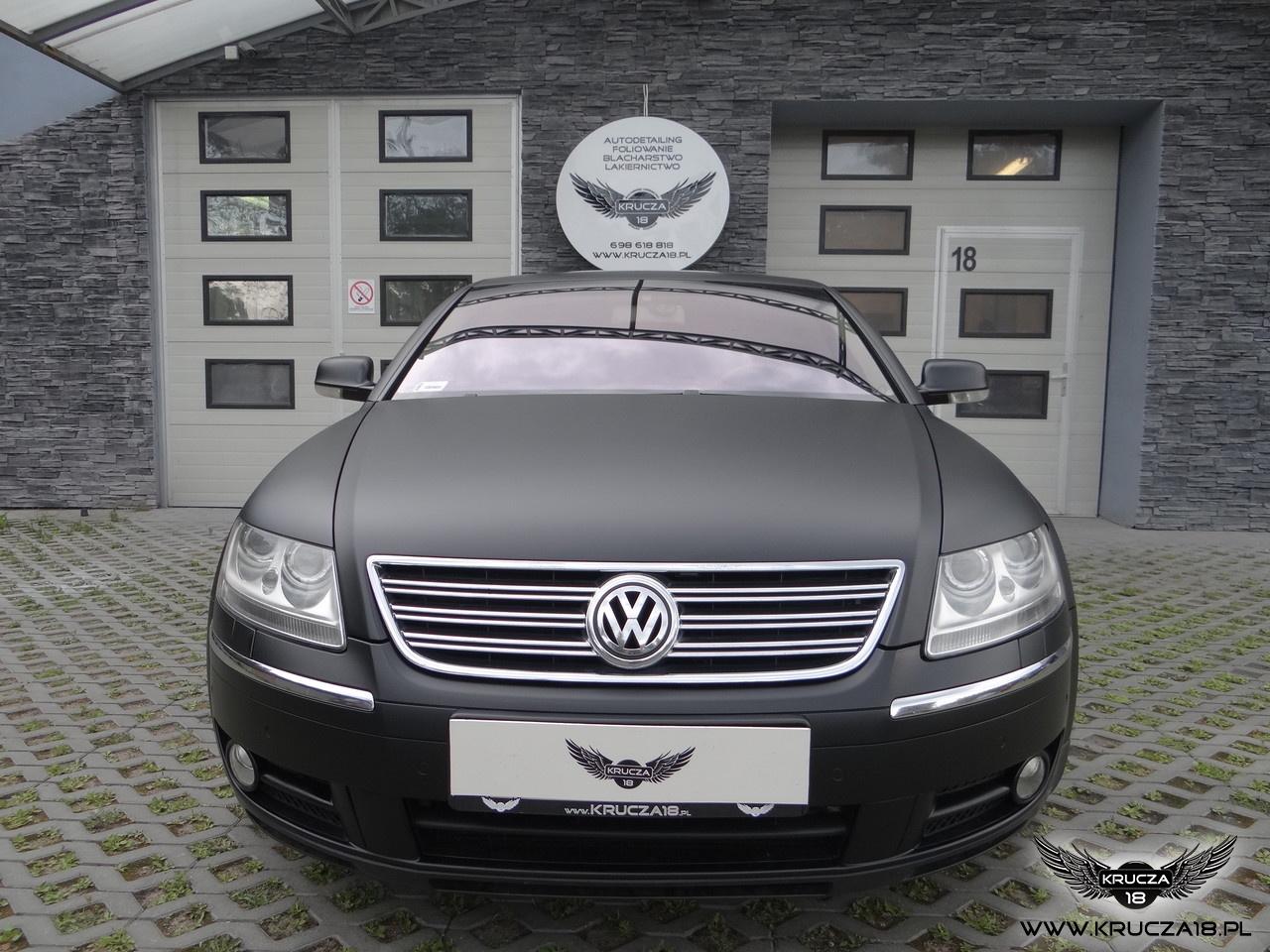 WV PHAETON : zmiana koloru auta folią : oklejanie : czarny mat : Krucza18 : Bydgoszcz : Osielsko