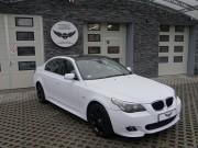 BMW 5 : zmiana koloru auta folią : biały mat : oklejanie : Krucza18 : Osielsko/k.Bygoszczy