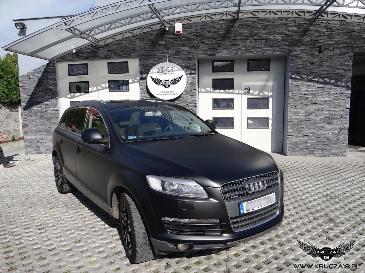 AUDI Q7 : zmiana koloru auta folią : czarny mat : oklejanie : Krucza18 : Osielsko/k.Bydgoszczy