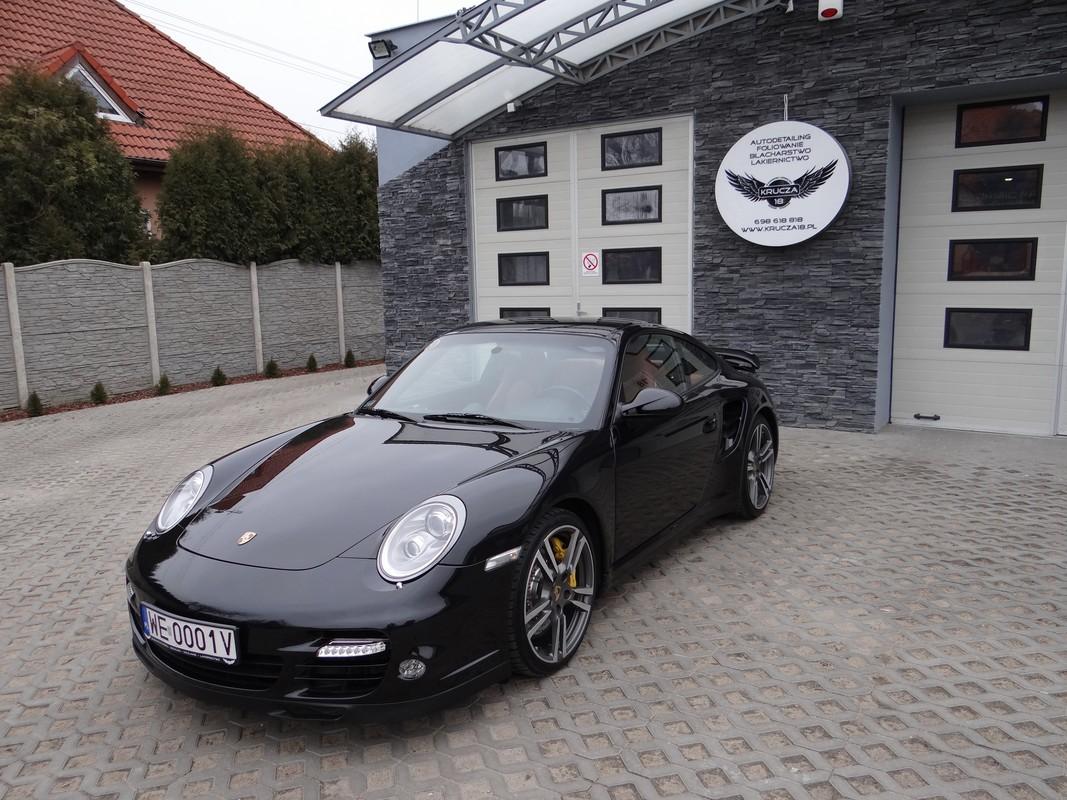 Porsche 911 TURBO Korekta Lakieru + Ceramiczna powłoka ochronna CERAMIC PRO 9H