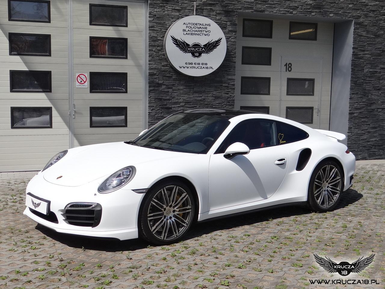 Porsche 911 Turbo S (991) - White Matt