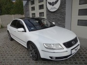 Volkswagen Phaeton - WHITE METALIC/ARLON