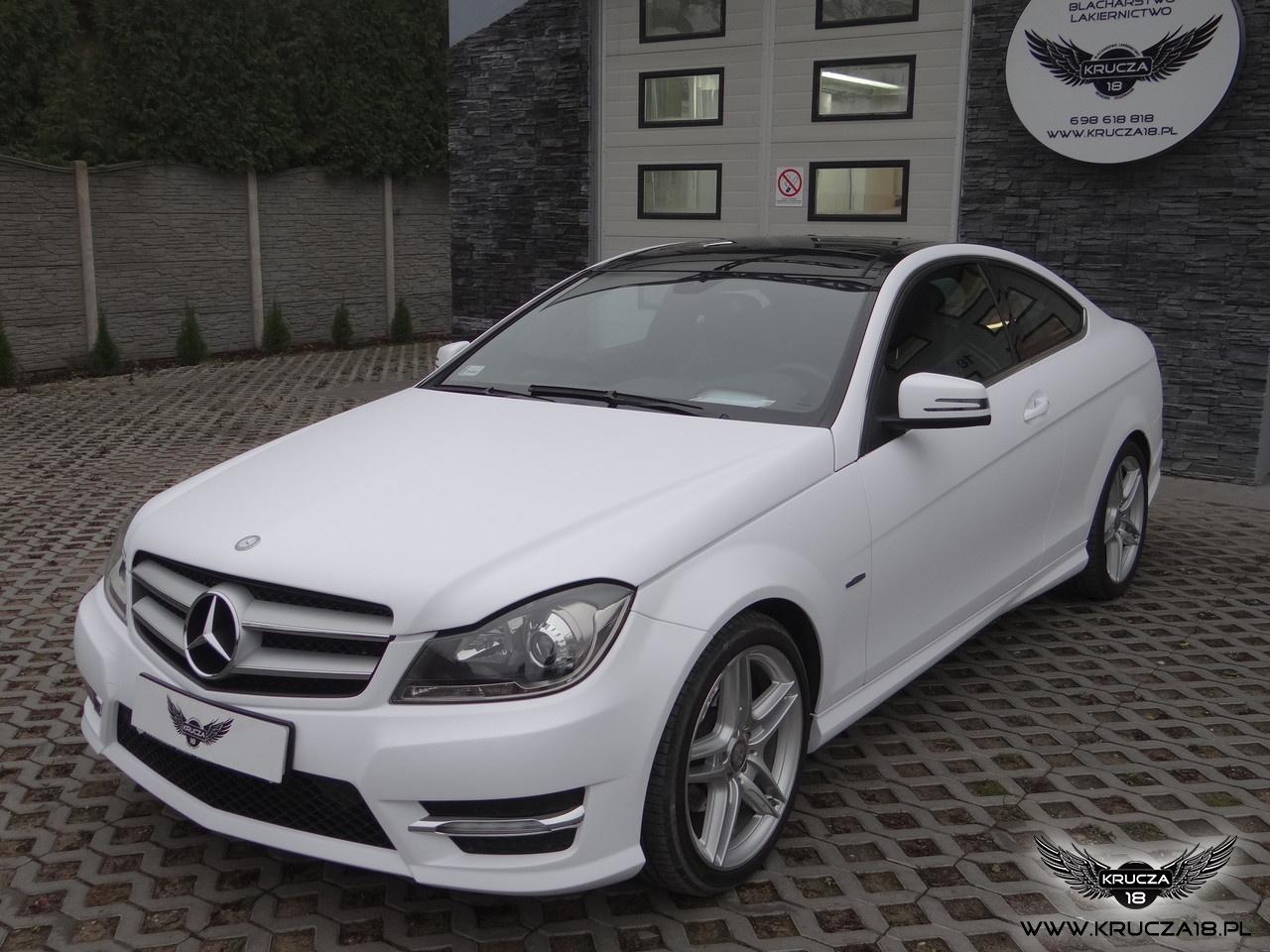 Mercedes - zmiana koloru folią - biały mat