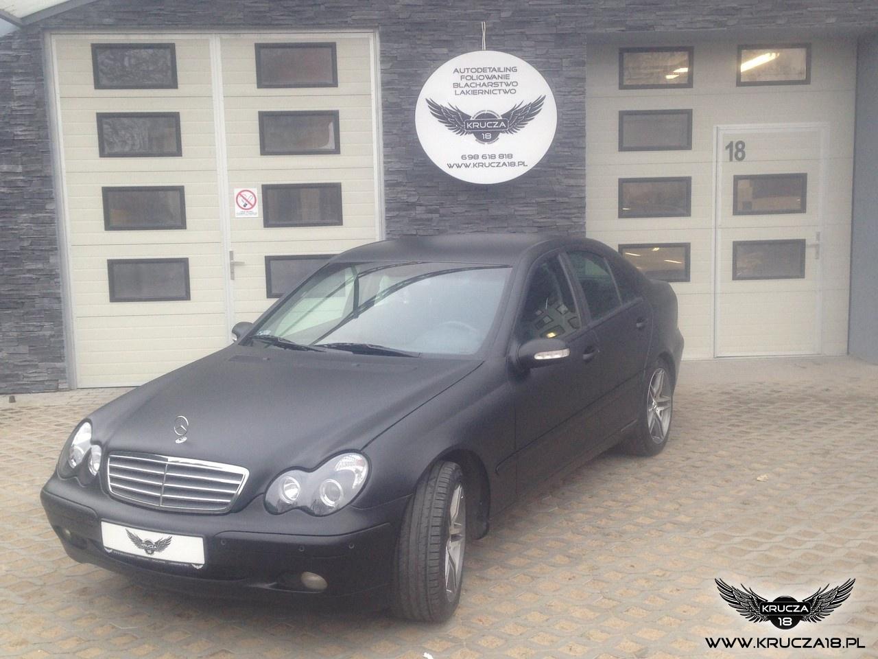 Mercedes C czarny mat